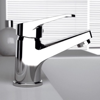 Bathroom Faucet Single Handle Bathroom Faucet In Chrome Finish Remer R11CR