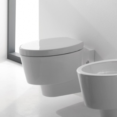 Toilet, Scarabeo 2006, Round White Ceramic Wall Hung Toilet